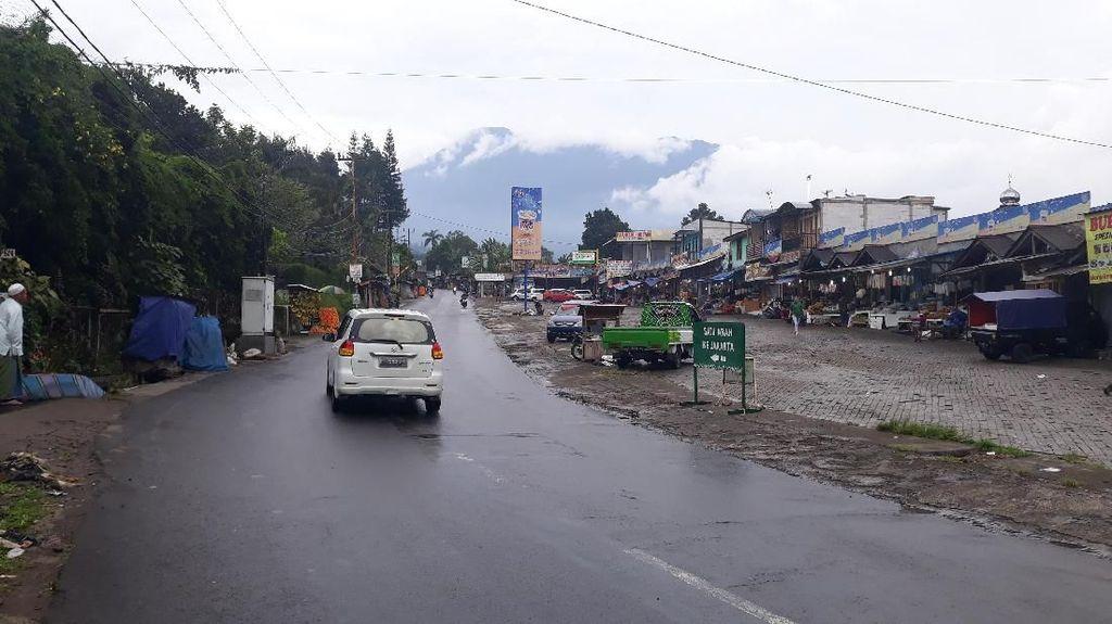 Jalan Retak di Puncak, Kunjungan ke Taman Safari Tak Terganggu