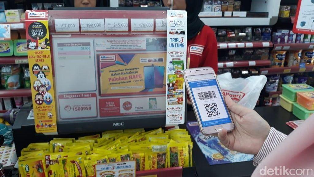 Simpan Uang di Dompet Digital Demi Belanja Pakai QR, Aman?