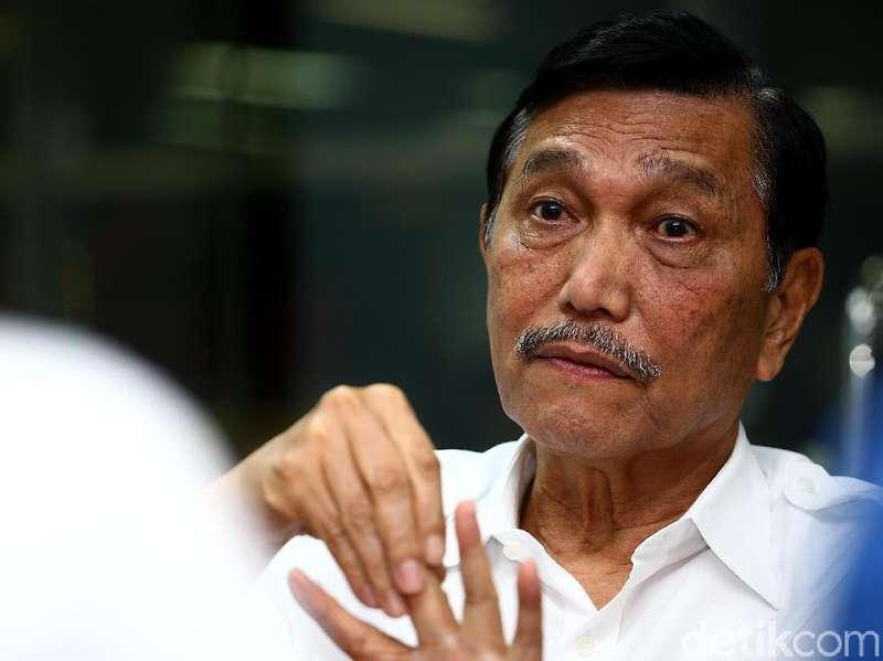 Luhut Soal Hoax Cium Kaki Prabowo: Kita Siap Tuntut!