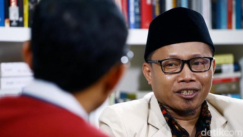 Tonton Blak-blakan Cak Nanto, Ketua Pemuda Muhammadiyah Titipan Istana?
