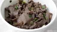 Hari Minggu Enaknya Makan Gyutan Don dan Yakiniku Bento