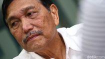 Luhut Ancam Bawa Pembuat Hoax Cium Kaki Prabowo ke Jalur Hukum