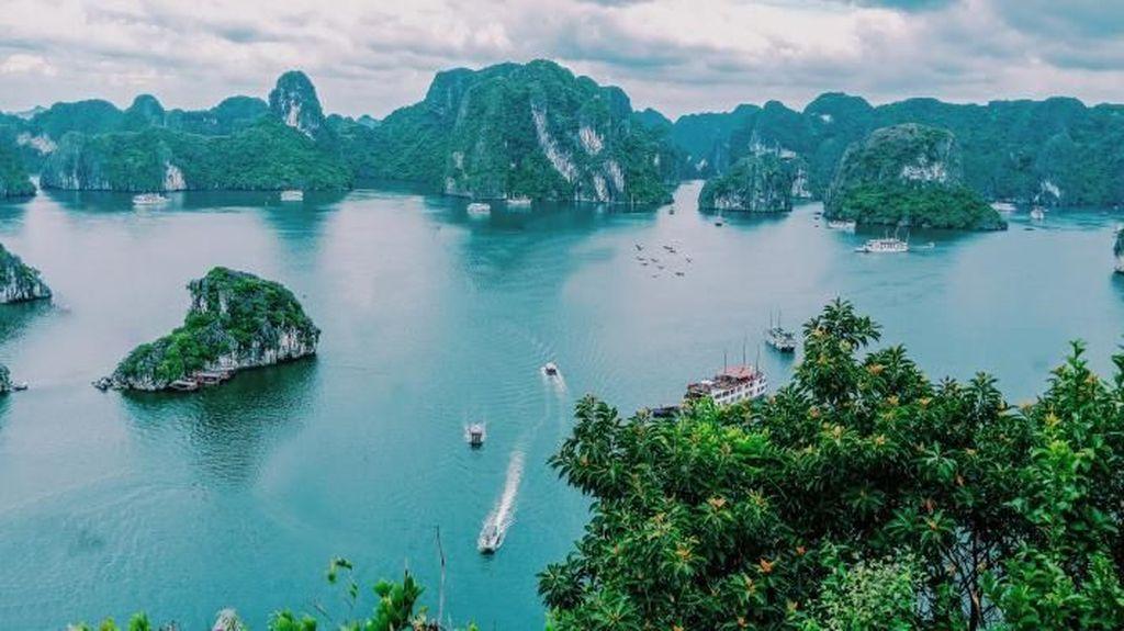 Cantiknya Raja Ampat dari Vietnam