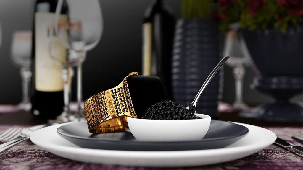Perusahaan bernama Caviar memodifikasi Apple Watch 4 menjadi super mewah. (Foto: Caviar)