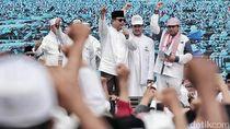 Potret Prabowo dan Anies di Panggung Reuni 212