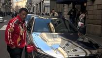 Hotman Paris Sebut Cewek Cantik Jadi Pendorong Kesuksesannya