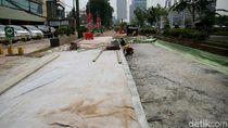 Rusak Akibat Proyek Becakayu, Jl KH Noer Ali di Bekasi Diperbaiki