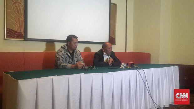 Hidayat mengundurkan diri sebagai Exco PSSI pada Senin (3/12).