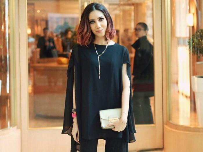 Beauty Vlogger Suhay Salim menikah di KUA memakai celana jeans. Foto: dok. Instagram