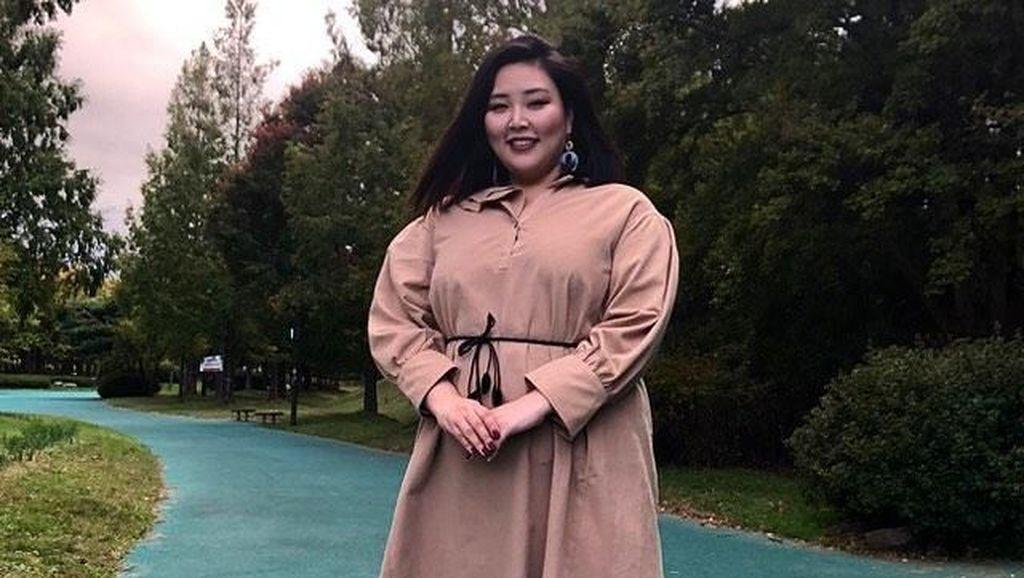 Kenalan dengan Model Korea Bertubuh Gemuk yang Patahkan Standar Kecantikan