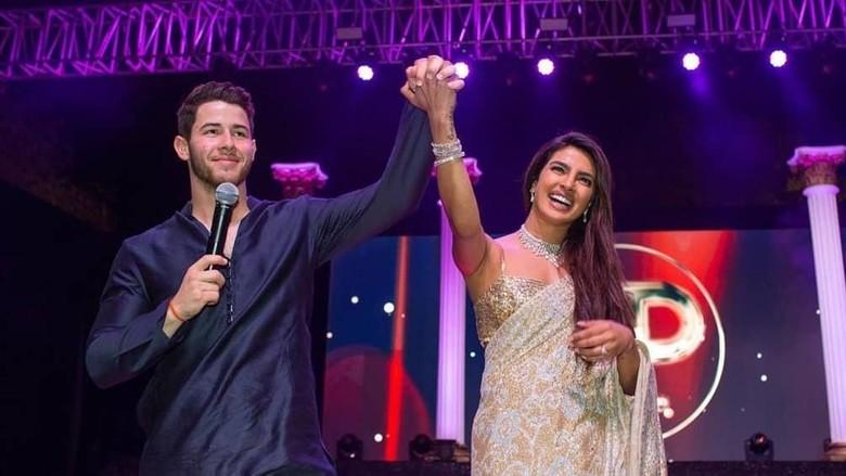 Deretan Mantan Cantik Nick Jonas Sebelum Nikahi Priyanka Chopra