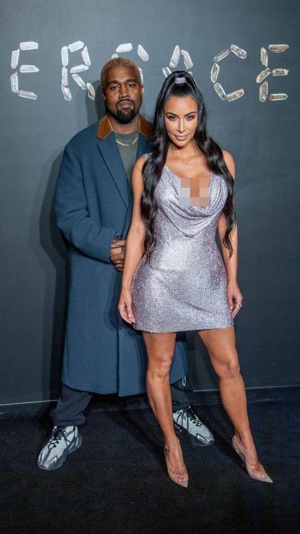 Kim Kardashian dan suami, Kanye West.