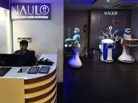 Wah, Robot di Resto Nepal Ini Layani Pengunjung dengan Cekatan!