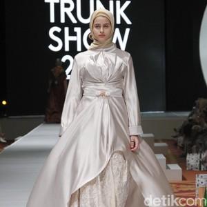 Deretan Tren Hijab 2019 Menurut Desainer, Warna Zen hingga Galaksi