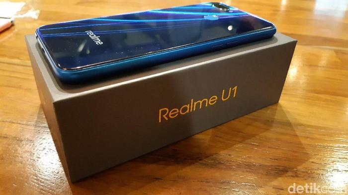 Sejumlah ponsel Realme akan dapat banyak update. (Foto: Virgina Maulita Putri/detikINET)