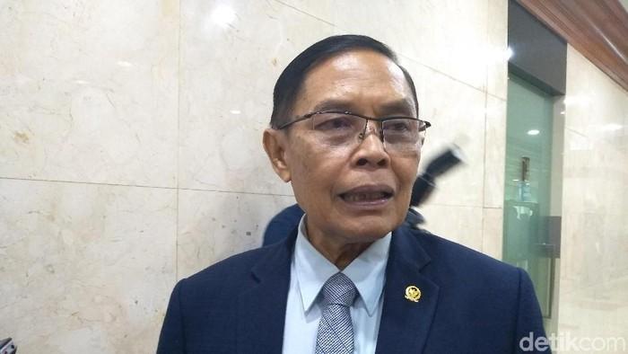 Wakil Ketua Komisi I Asril Hamzah Tanjung (Nur Azizah/detikcom)