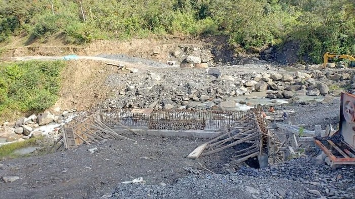 Foto: Jembatan lokasi penembakan pekerja proyek di Papua. (Istimewa/Ditjen Bina Marga Kementerian PUPR)