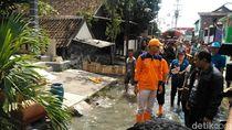 Pantau Banjir, Gubernur Ganjar Minta Maaf