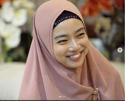 Deretan Foto Ratu Wushu Indonesia Lindswell Kwok yang Kini Berhijab