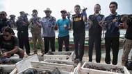 Pelepasan Ribuan Kepiting di Pulau Pari