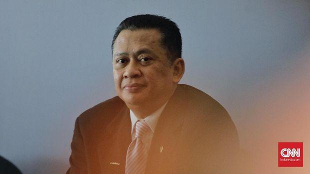 Ketua DPR RI Bambang Soesatyo mempersilakan kubu Prabowo serahkan bukti kecurangan ke MK.
