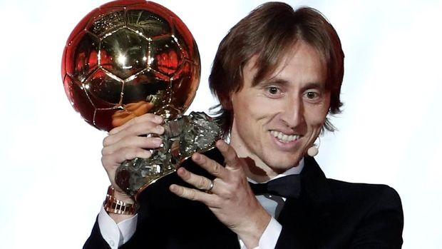 Luka Modric berhasil memenangkan Ballon d'Or 2018. (