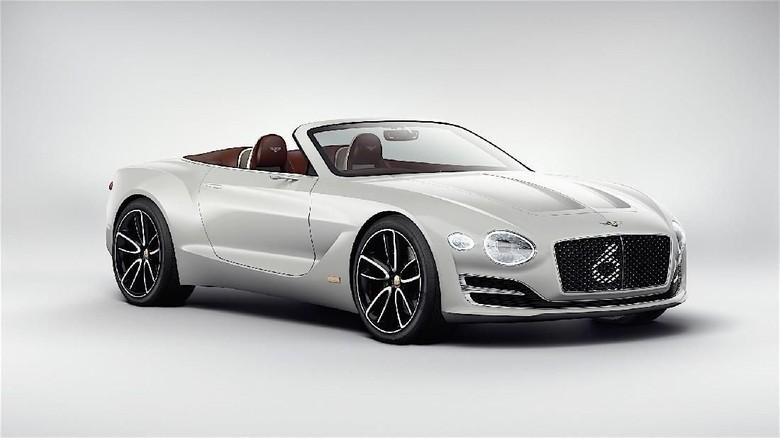 Mobil listrik Bentley Foto: Pool (autoevolution)