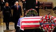 Penghormatan Terakhir Trump untuk Mantan Presiden Bush Senior