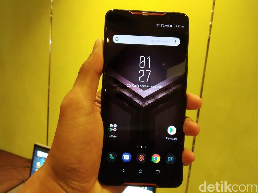 Asus ROG Phone mengusung layar AMOLED kualitas HDR. Foto: detikINET/Muhamad Imron Rosyadi