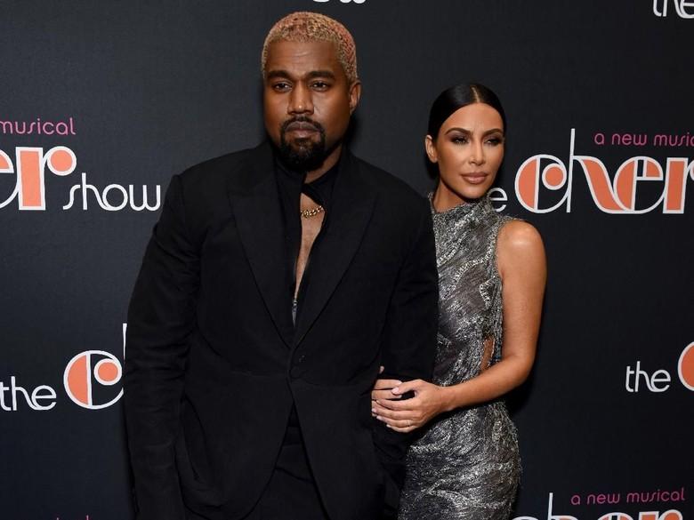 Kim Kardashian Kembali Dikabarkan Ingin Cerai dari Kanye West