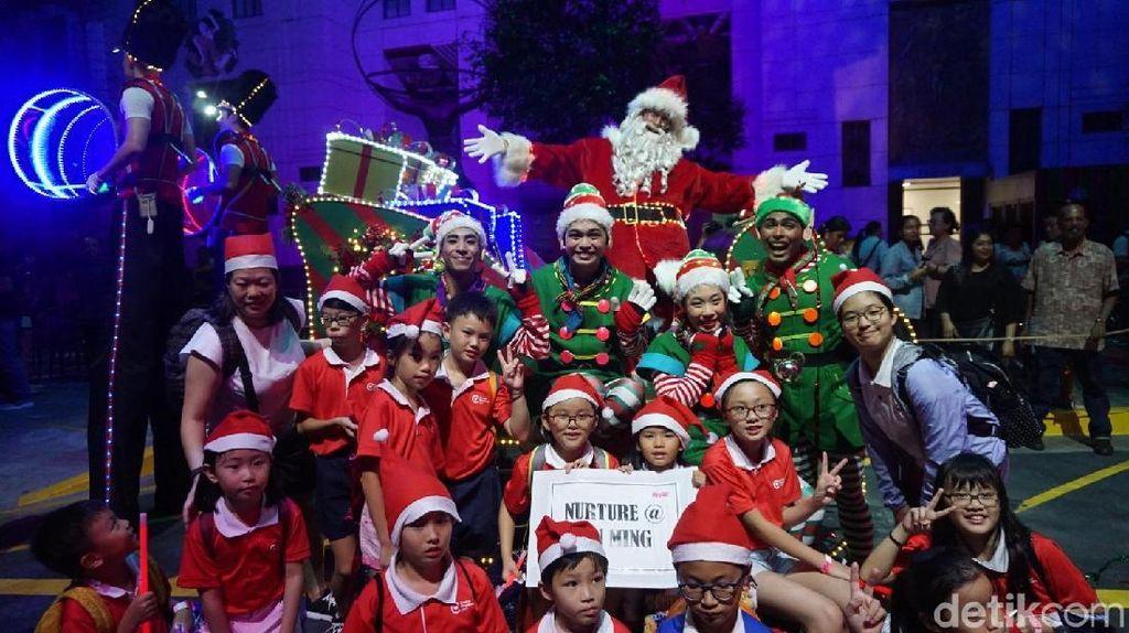 Sisi Menyentuh Universal Studios Singapore