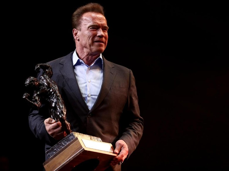 Arnold Schwarzenegger Jadi Cover Komik Conan the Barbarian