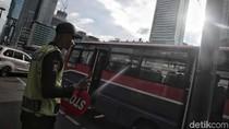 Metromini Nasibmu Kini, Berkarat Dilibas Roda Zaman