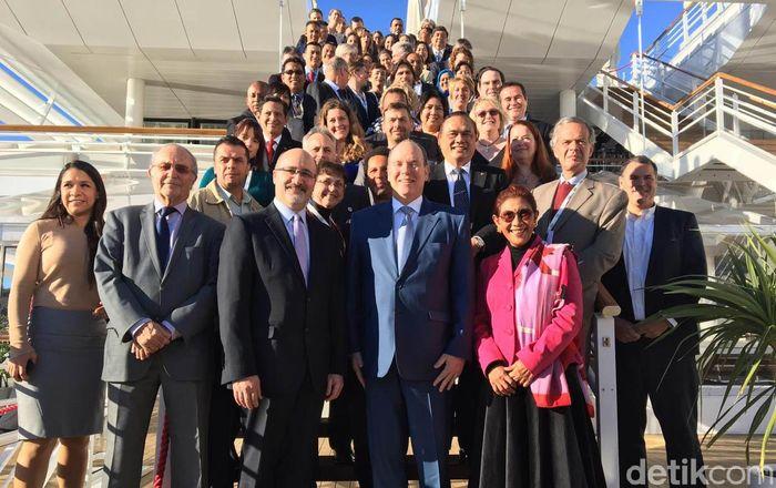 Susi menjadi salah satu pembicara kunci di acara International Coral Reef Initiative (ICRI) yang diselenggarakan di Monaco.