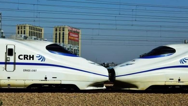 Kereta cepat China (STR/AFP/AFP/Getty Images/CNN Travel)