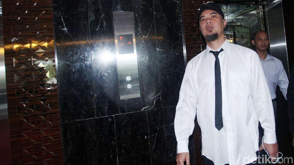 Dicekal ke Luar Negeri, Ahmad Dhani Tak Bisa Ikut Konser Dewa 19