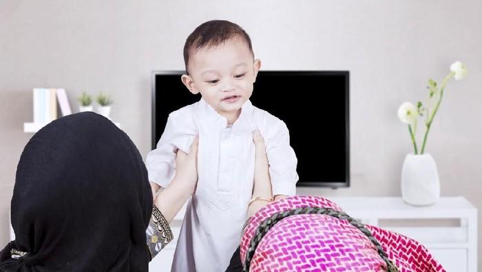 40 Nama Bayi Laki-laki Islami Penuh Makna dan Mengagumkan/Foto: Istock