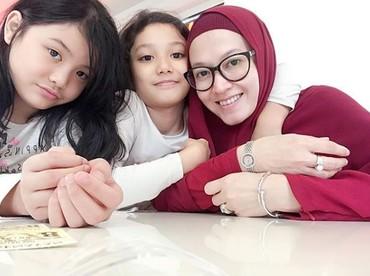 Girls day out bersama Eisha dan Quin Humaira. (Foto: Instagram @lyravirna)