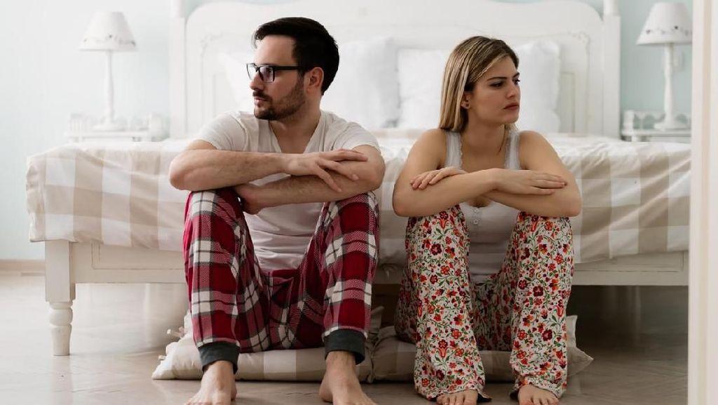 4 Bulan Menikah, Wanita Ini Diceraikan Suami karena Giginya Bengkok