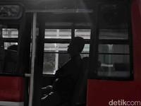 Unek-unek di Balik Viral Metromini Adang TransJakarta