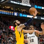 Utah Jazz Bungkam Spurs Sekaligus Bikin Rekor Three Point
