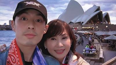 8 Foto Kompak Pemain Meteor Garden, Vannes Wu dengan Ibunda
