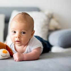 35 Nama Bayi Laki-laki dengan Makna Kehidupan