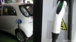 Harapan Presiden Agar RI Bikin Mobil dan Motor Listrik Sendiri