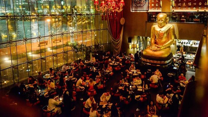 Buddha Bar di Dubai sudah disambangi Will Smith, David Beckham, hingga Kareena Kapoor. Resto ini sajikan makanan Jepang, Thailand dan China. Menu andalannya aneka sushi roll enak! Foto: Buddha Bar Dubai