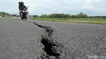 Jalan di Rembang Ini Retak Sepanjang 100 Meter, Bikin Warga Waswas