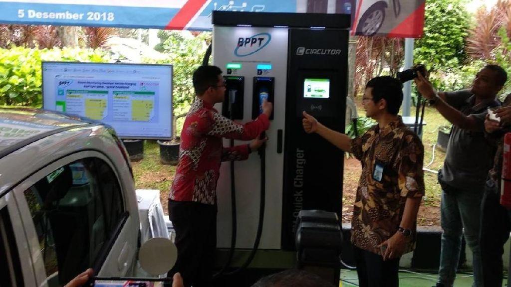Asyik! Tempat Ngecas Kendaraan Listrik di Jakarta Makin Banyak
