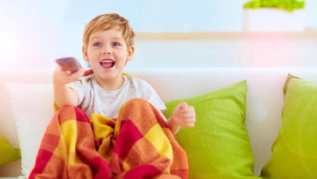 Dampak Nonton TV Berlebihan Terhadap Emosi Anak