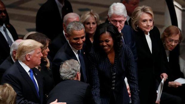 Lima Presiden AS Duduk Berdampingan untuk George HW Bush
