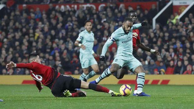 Man United vs Arsenal berakhir imbang 2-2.